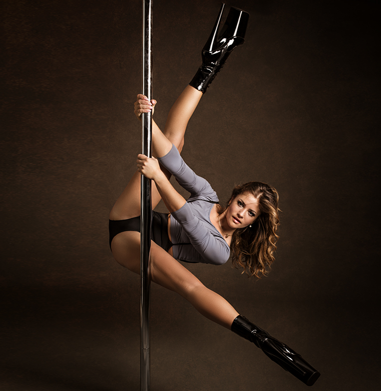 ana-delia-pole-dance-rosenheim-jan2