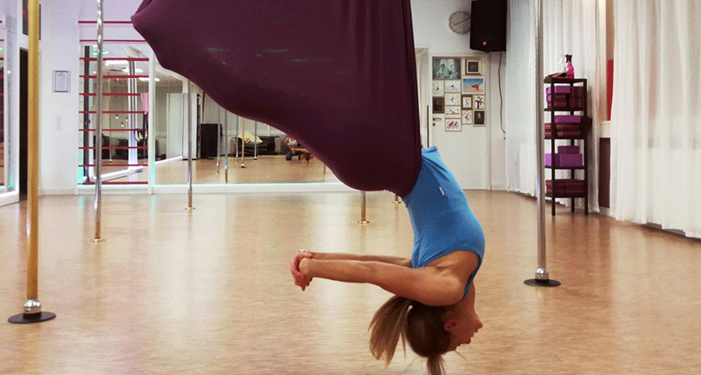 poledance-rosenheim_Workshop-2019_Fly-Stretch